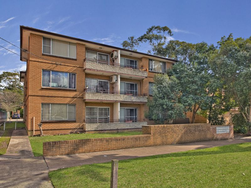 11/2 Fifth Ave, Campsie