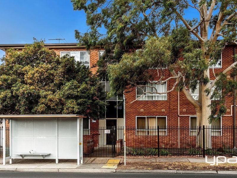 12/437 Ballarat Road, Sunshine, Vic 3020