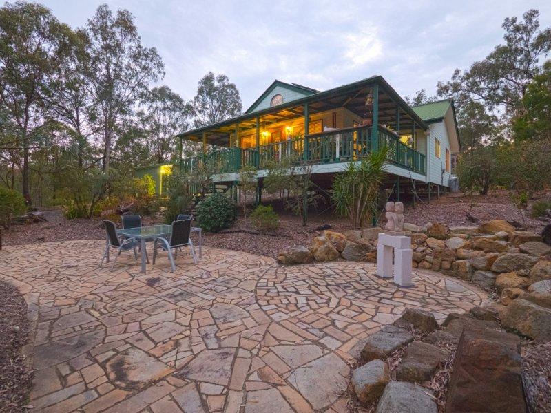861 Murphys Creek Road, Upper Lockyer, Qld 4352