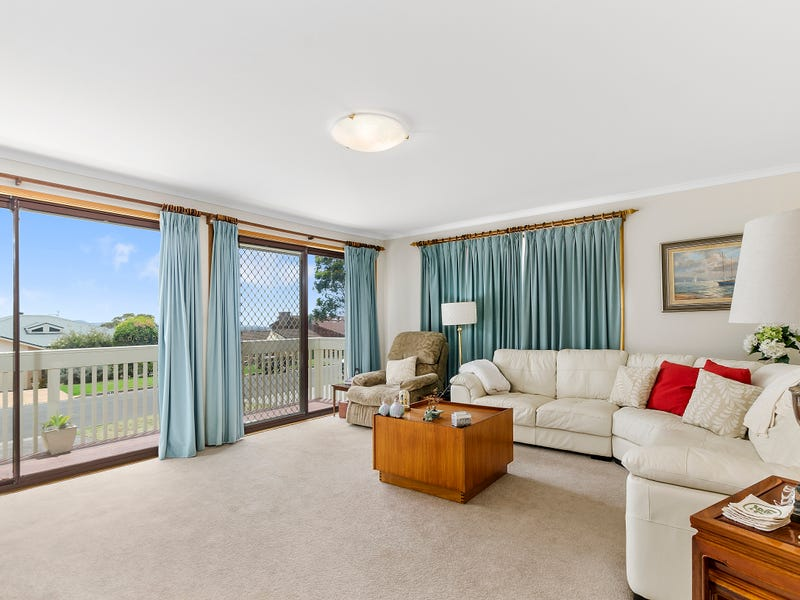 17 McBrien Drive, Kiama Downs, NSW 2533