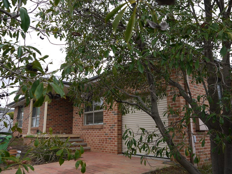 90 Glengarvin Drive, Oxley Vale, NSW 2340