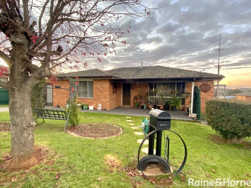 107 Wombat Street, Young, NSW 2594