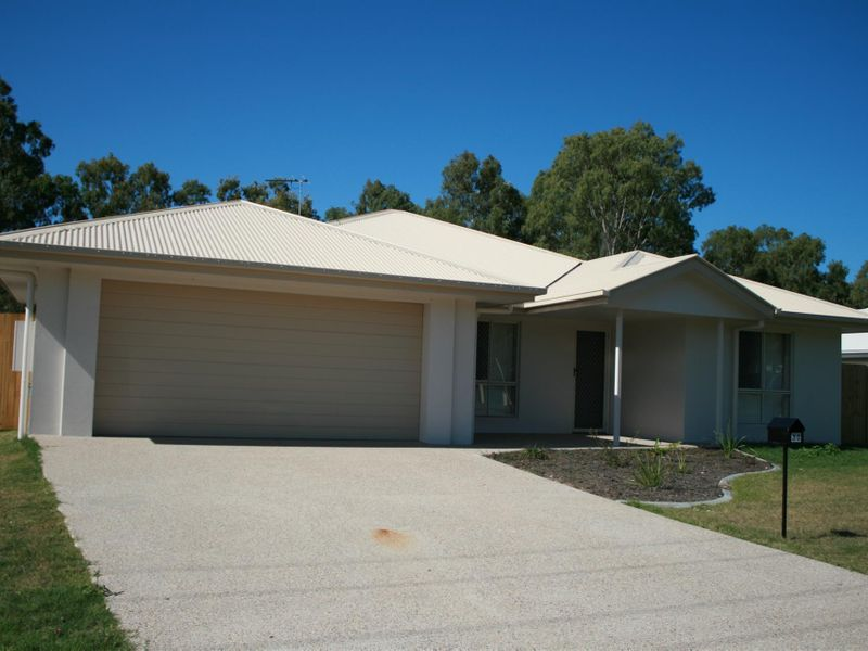 30 Armstrong Beach Road, Armstrong Beach, Qld 4737