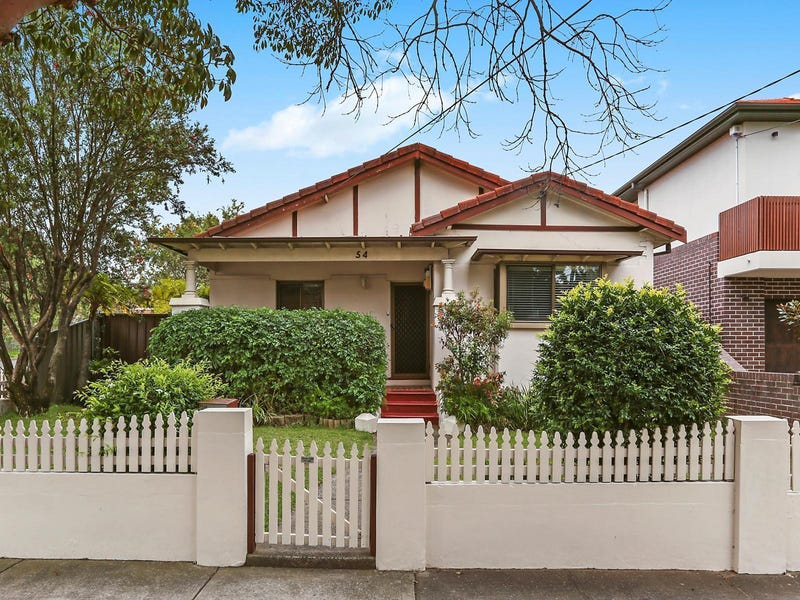 54 Noble Street, Rodd Point, NSW 2046