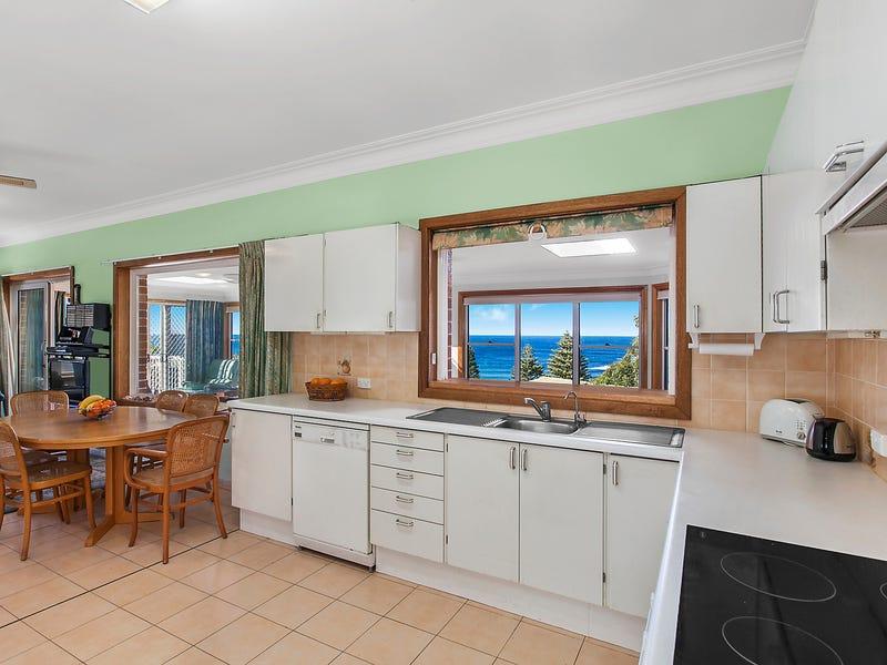 39 Warri Crescent, Macmasters Beach, NSW 2251
