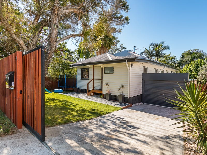 24 Chataway Street, Carina Heights, Qld 4152