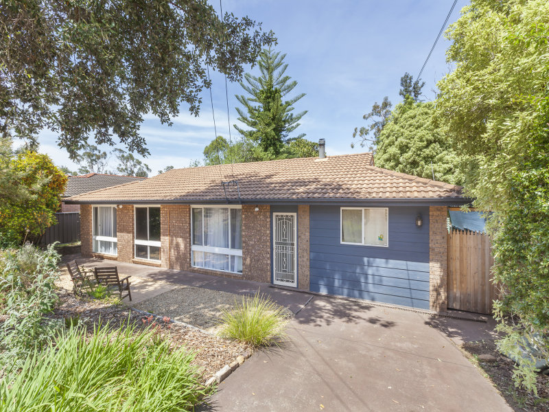 35 Booker Road, Hawkesbury Heights, NSW 2777