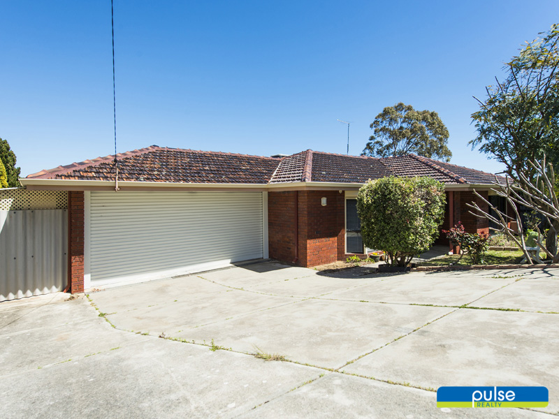 11 Tangney Crescent, Samson, WA 6163