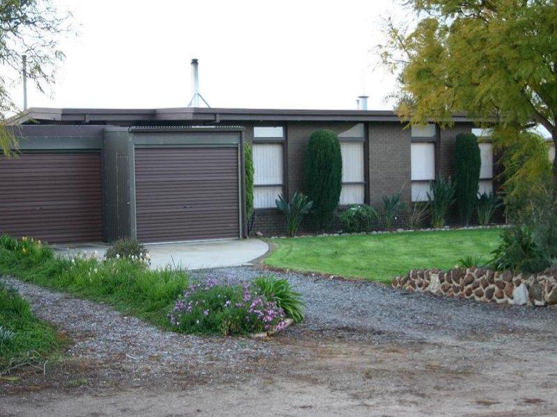 4 Inverell Court, Lake Boga, Vic 3584