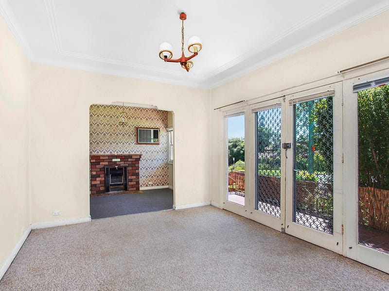 9 James Street, Warners Bay, NSW 2282