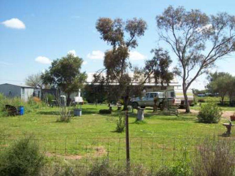 LOT 4 SEC 9 QUABOTHOO STREET, Quambone, NSW 2831
