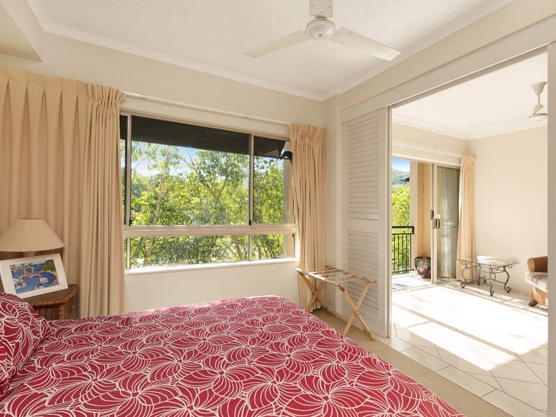 1615/2 Greenslopes Street, Cairns North