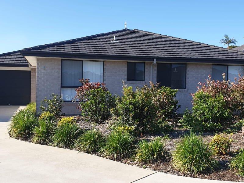 4/33 Sullivans Road, Moonee Beach, NSW 2450