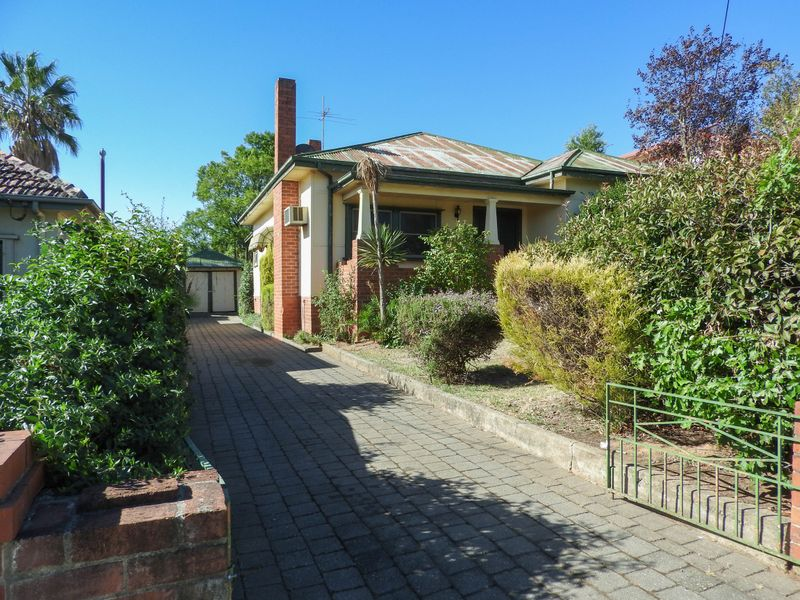 326 Vallombrosa Street, East Albury, NSW 2640