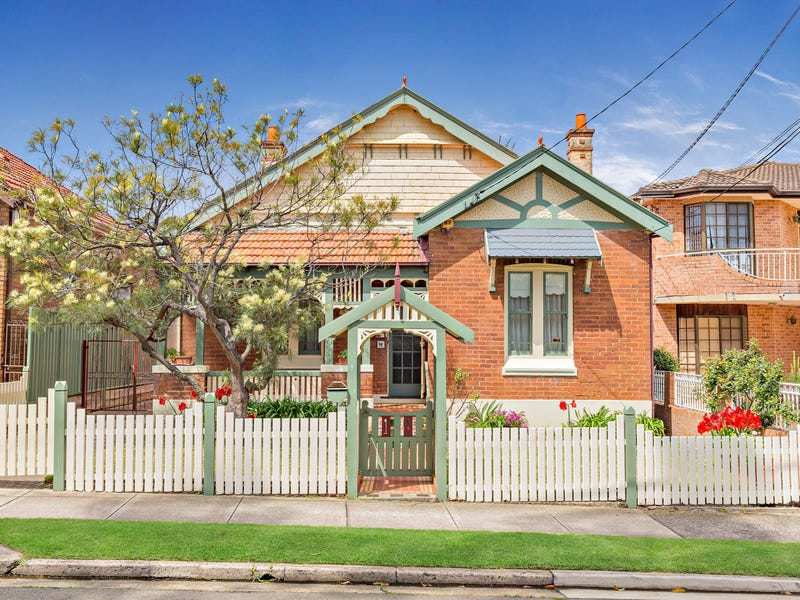 18 The Parade, Enfield, NSW 2136