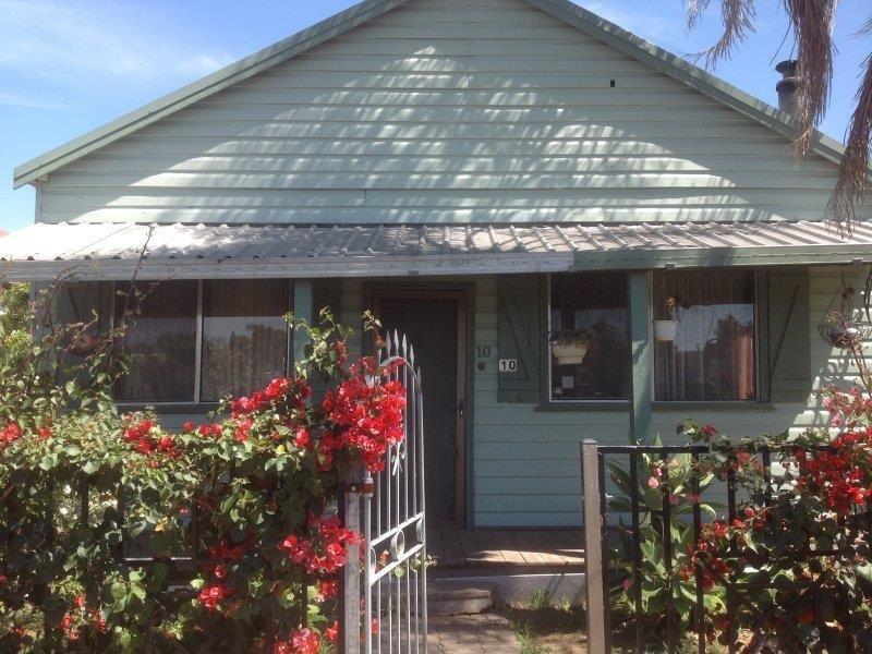 10 Coonamble  St, Gulargambone, NSW 2828