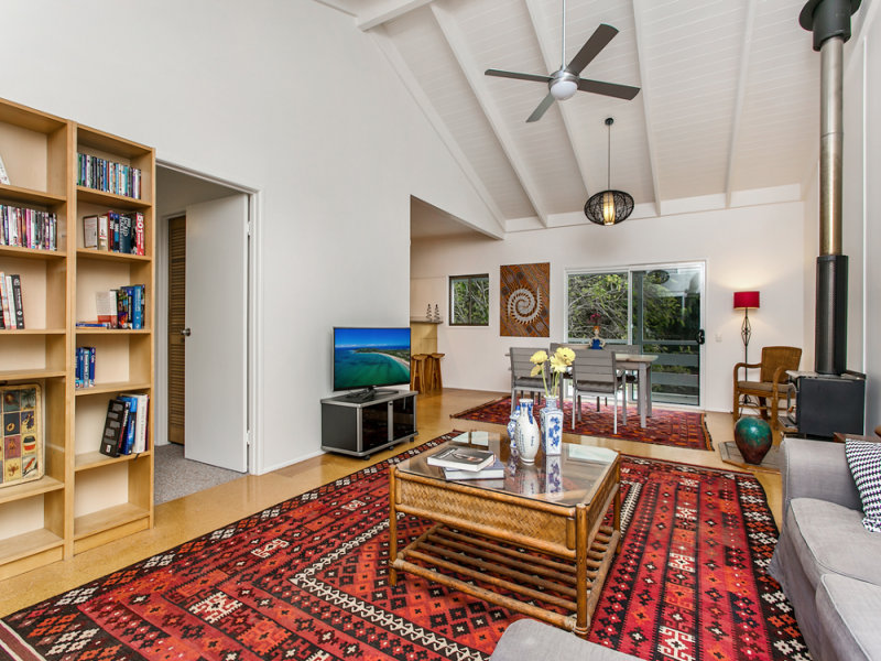 27 The Esplanade, New Brighton, NSW 2483