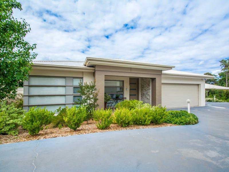 2/10 Ferndale Avenue, Blaxland, NSW 2774