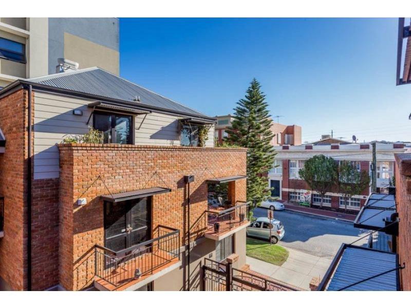 44/120 Lake Street, Perth, WA 6000