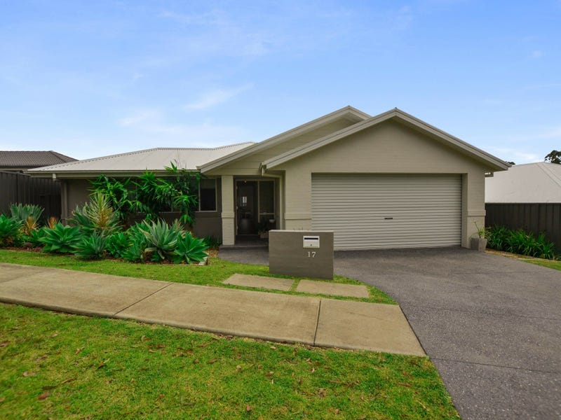 17 Pearl Pl, Sandy Beach, NSW 2456