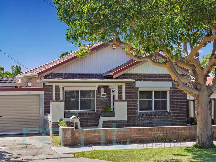 48 Hebe Street, Greenacre, NSW 2190