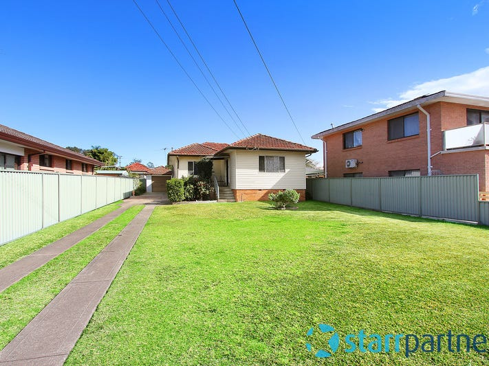 124 Centenary Road, South Wentworthville, NSW 2145