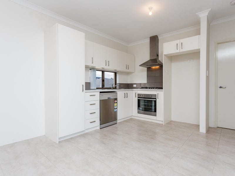 3/13 Scales Way, Spearwood