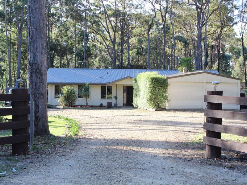 70 Strathmore Crescent, Kalaru, NSW 2550