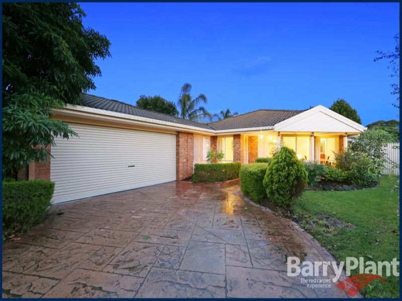 12 Moama Place, Rowville, Vic 3178