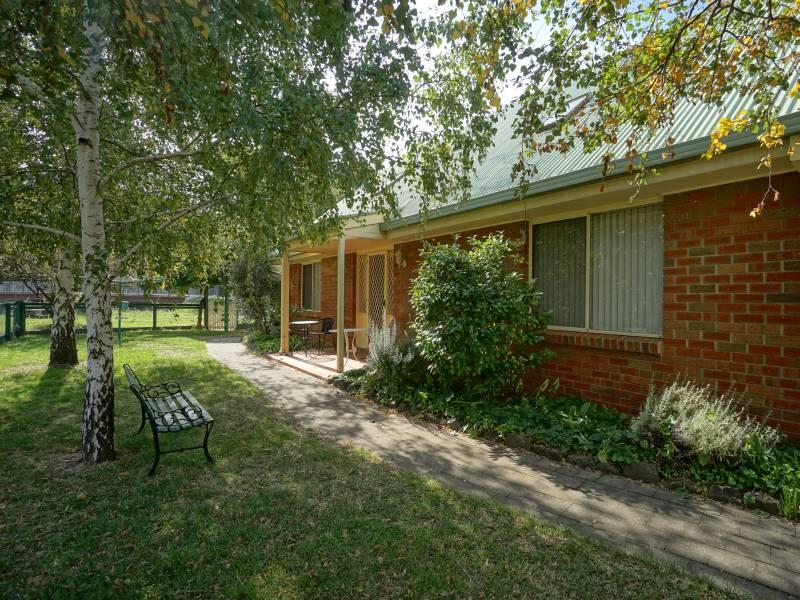 1 Purcell Street, Clunes