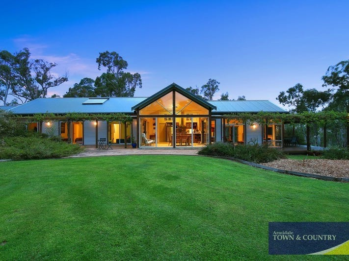 29 Imbandja Lane, Armidale, NSW 2350