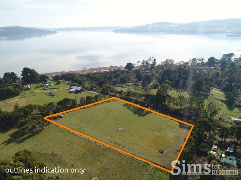 139A Paper Beach Road, Swan Point, Tas 7275