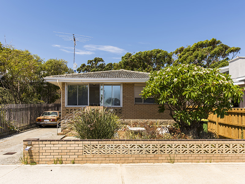 11 Thompson Road, North Fremantle, WA 6159