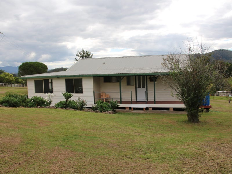 10 Summerland Place, Wingham, NSW 2429
