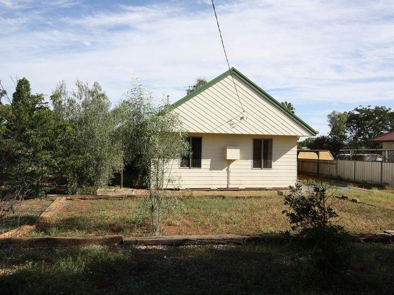 19 Murray Street, Cobar, NSW 2835