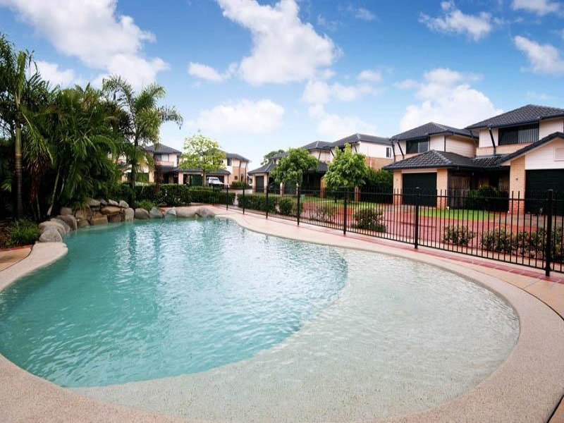 17/2 Springhill Drive, Sippy Downs, Qld 4556