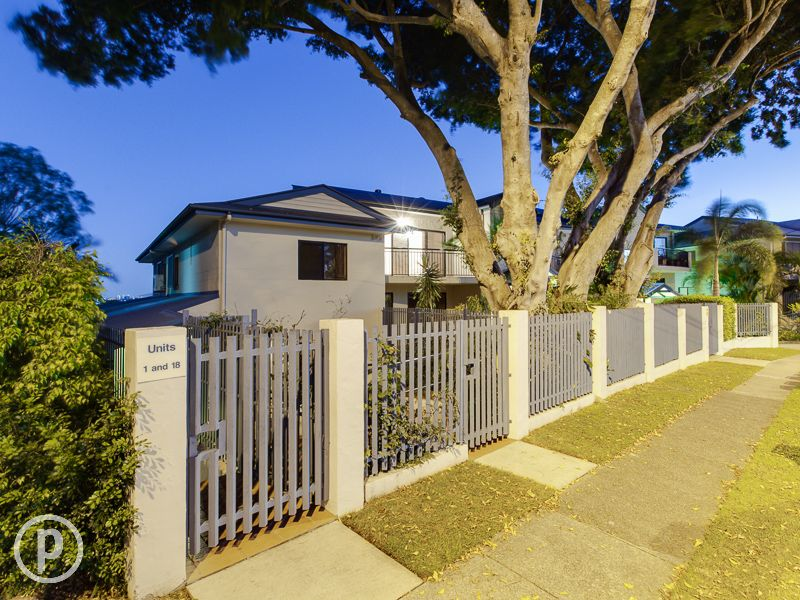 17/32A Simpsons Road, Bardon, Qld 4065