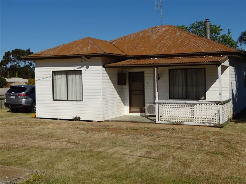 9 Douglas Street, Kaniva, Vic 3419