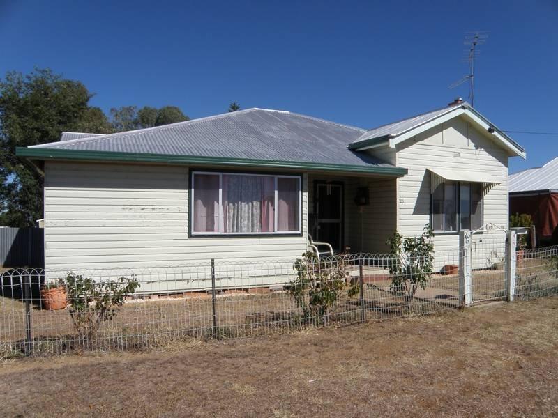 26 Burnett St, Delungra, NSW 2403
