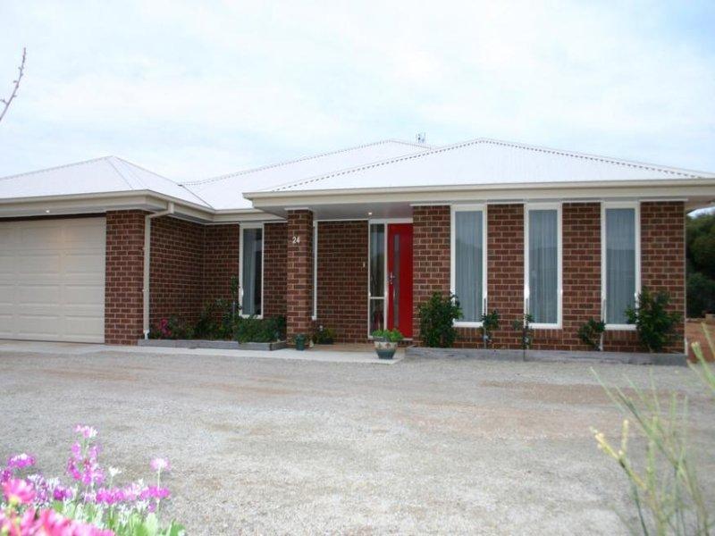 24 River Oaks Drive, Swan Hill, Vic 3585
