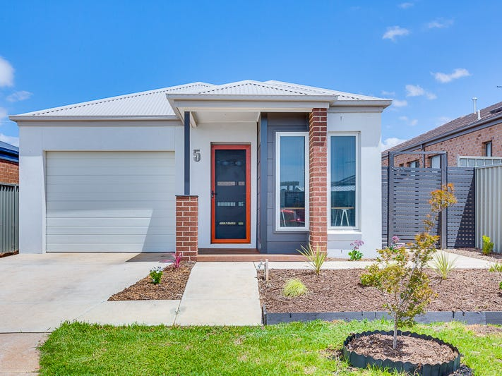 15 Orton Crescent, Bacchus Marsh, Vic 3340