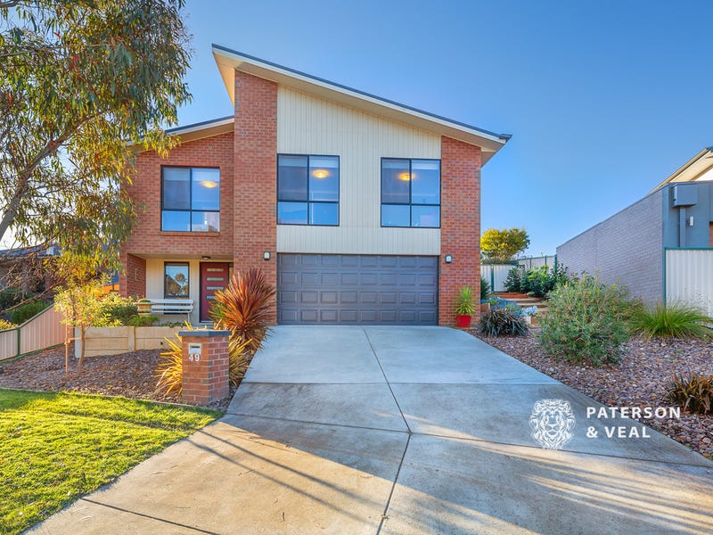 49 Hocking Avenue, Mount Clear