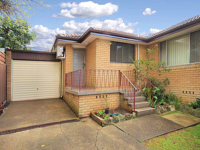 5/2 FIRST AVE, Campsie, NSW 2194