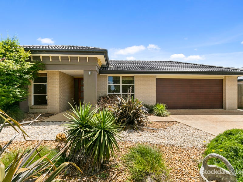 27 Eccles Way, Leongatha, Vic 3953