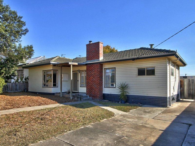 80 Bredt Street, Bairnsdale, Vic 3875