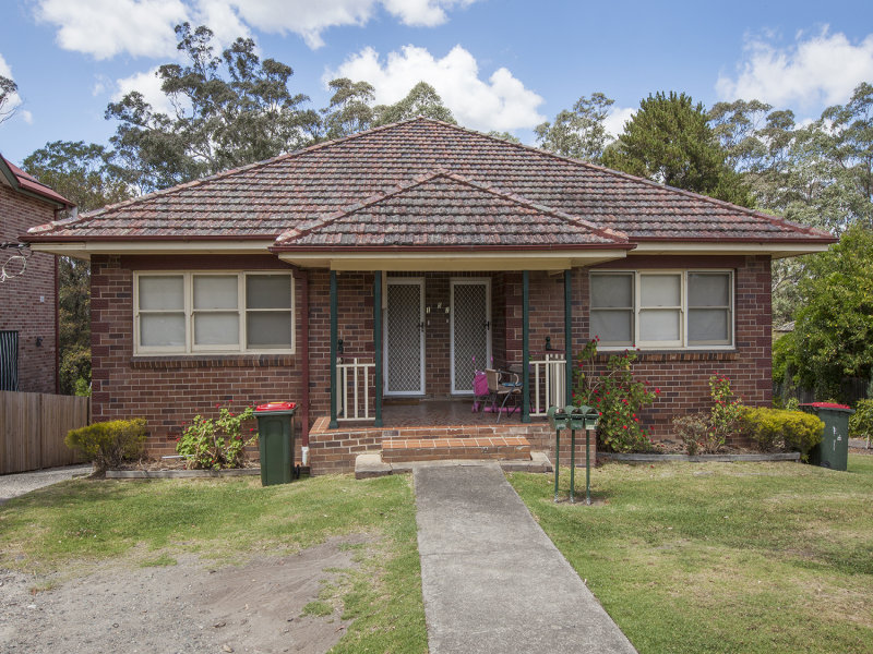 15 Hawkesbury Road, Springwood, NSW 2777