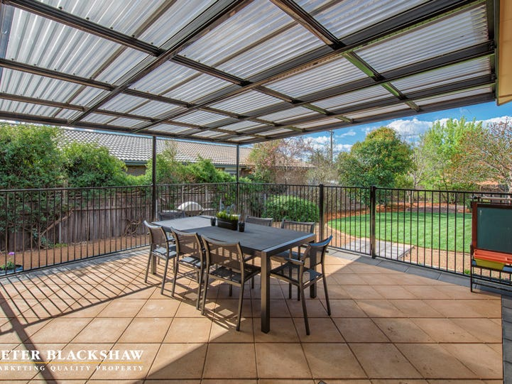 18 Kingscote Crescent, Bonython, ACT 2905