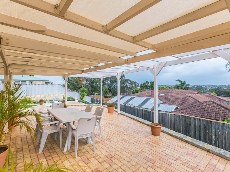 17 Castle Rock Turn*, Joondalup, WA 6027