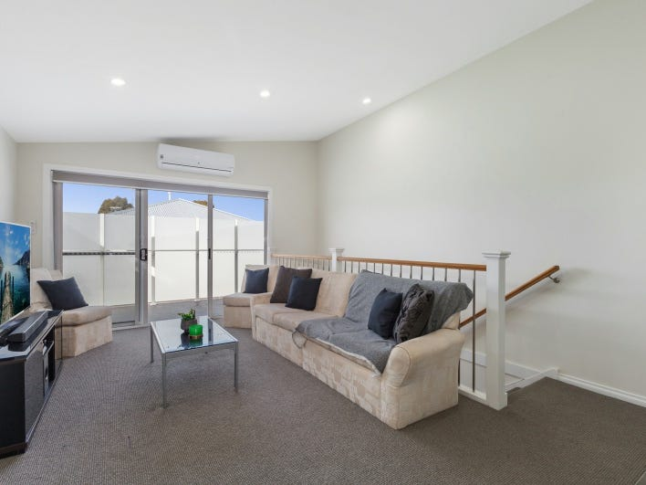 7/40 Barkly Street, Sunbury, Vic 3429