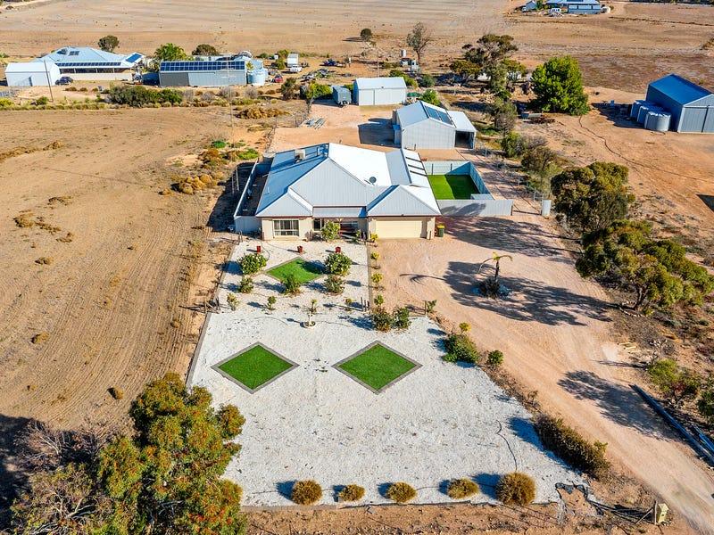 246 Verran Terrace, East Moonta, SA 5558